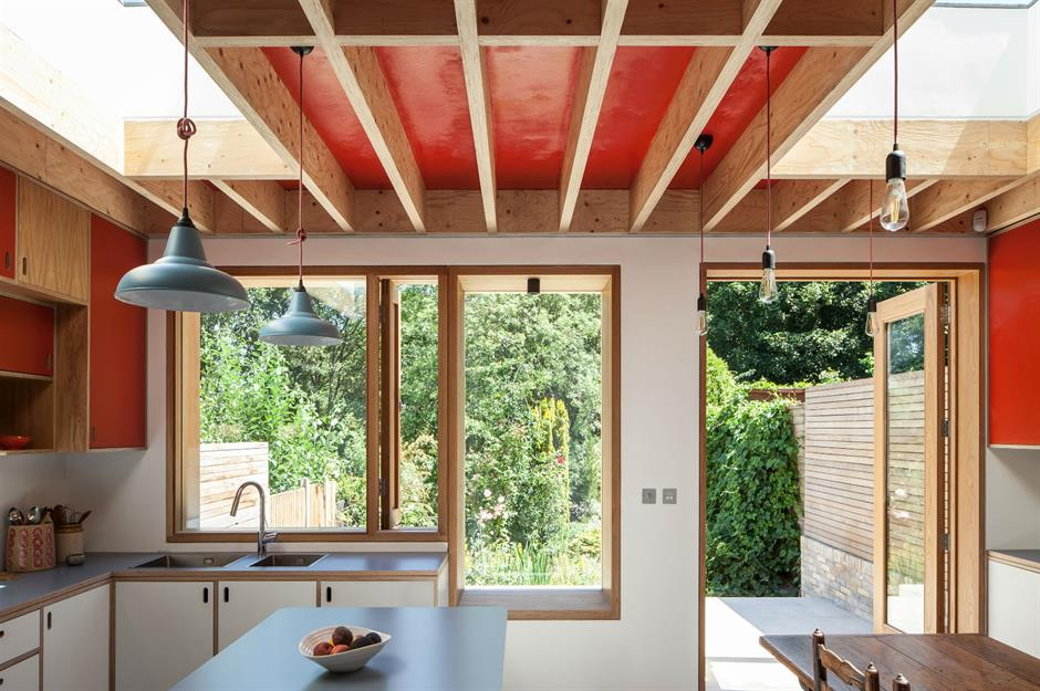 Catriona Burns Architectsreconfigured the ground floor layout of this North London home. Image:Adelina Iliev