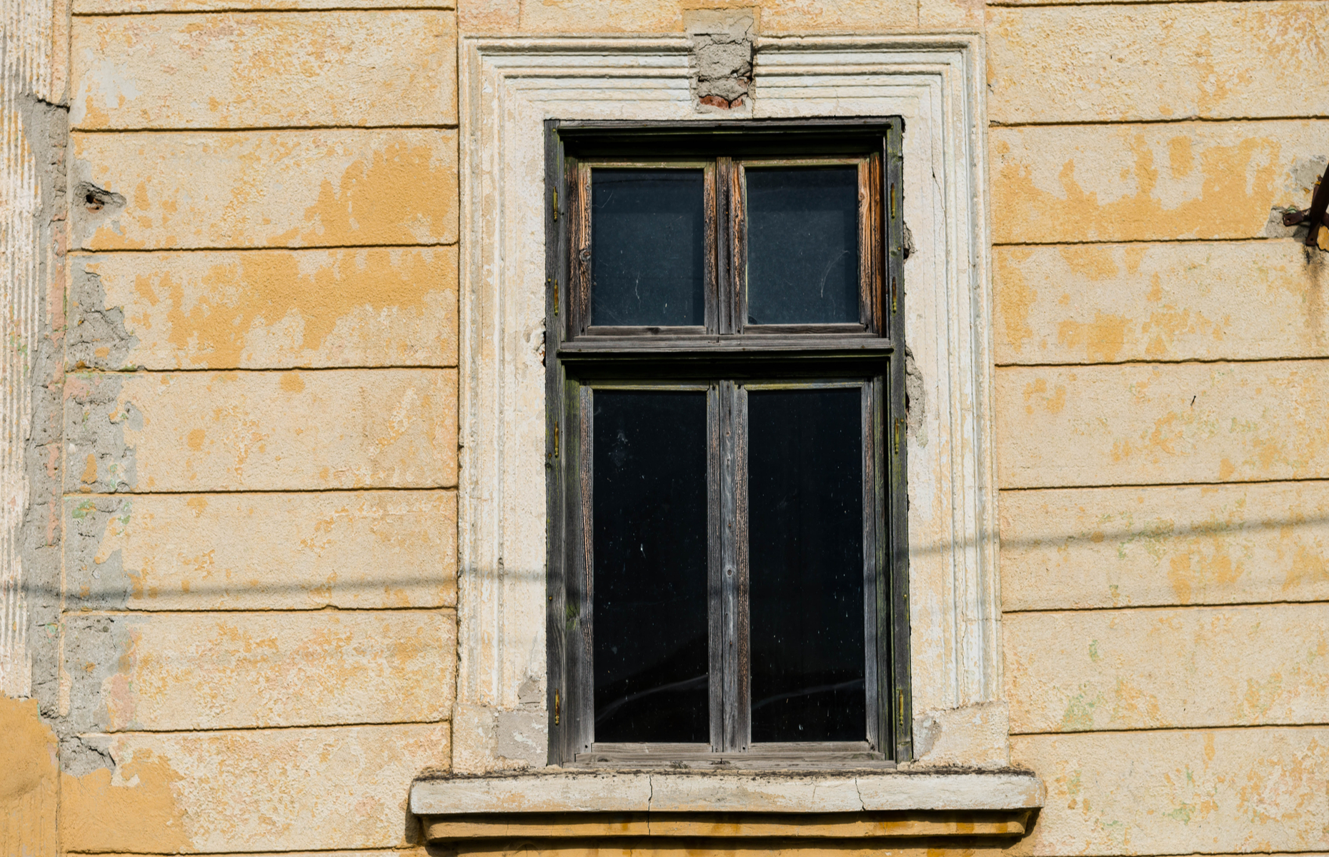 Listed properties are bound by tight regulations when it comes to updating windows. Image: Benedek Alpar/Shutterstock