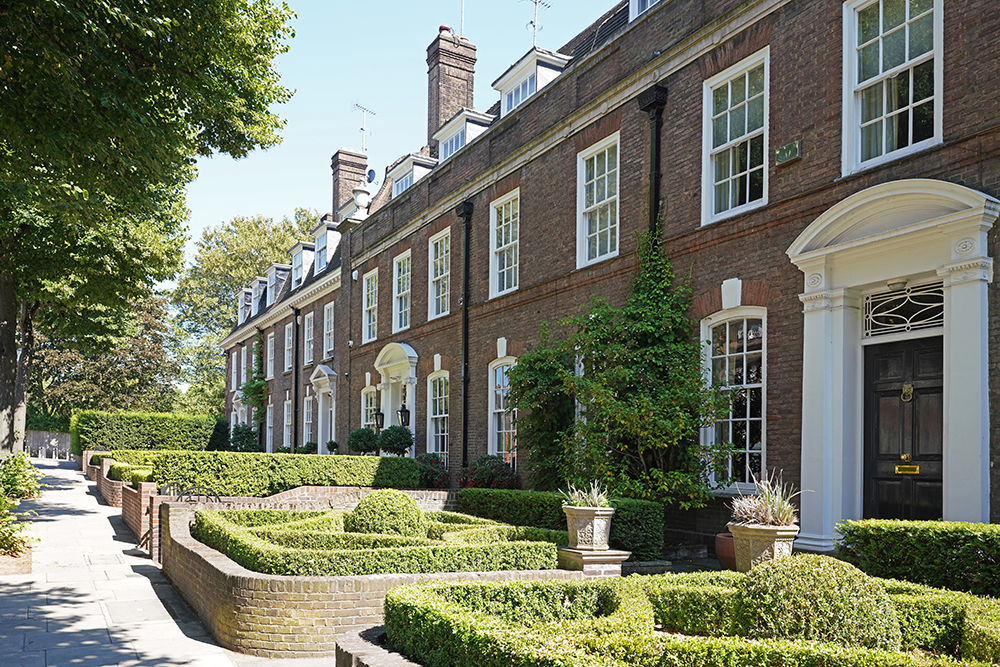 Ilchester Place: Most expensive streets in Britain