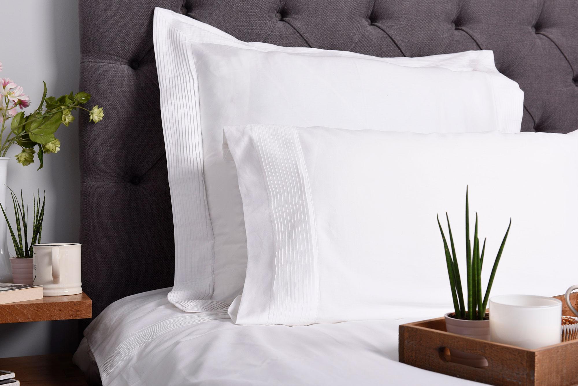 ARA white bedding