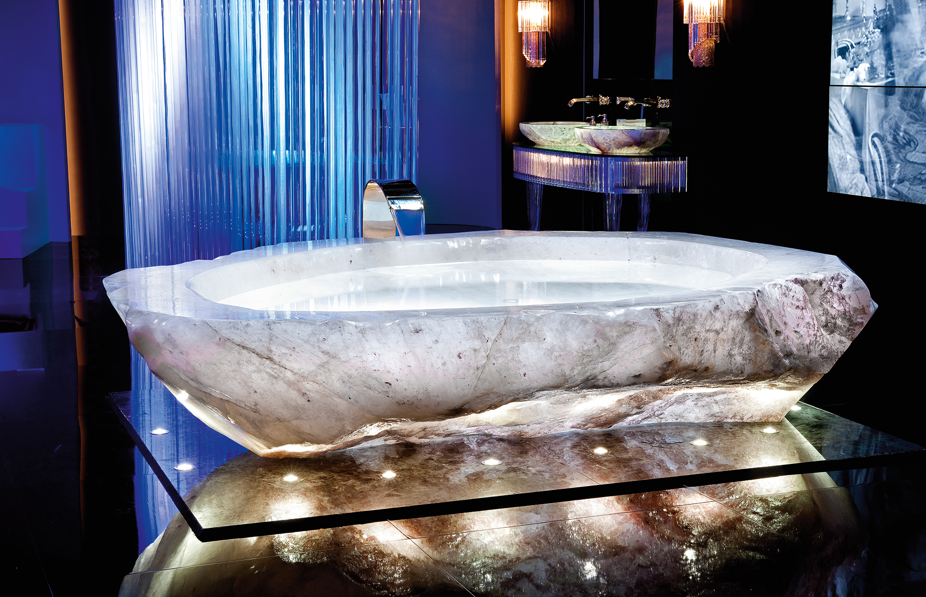 The rock crystal bath is said to be one of the most powerful healing stones. Image: XXII Carat Villas/Forum Group