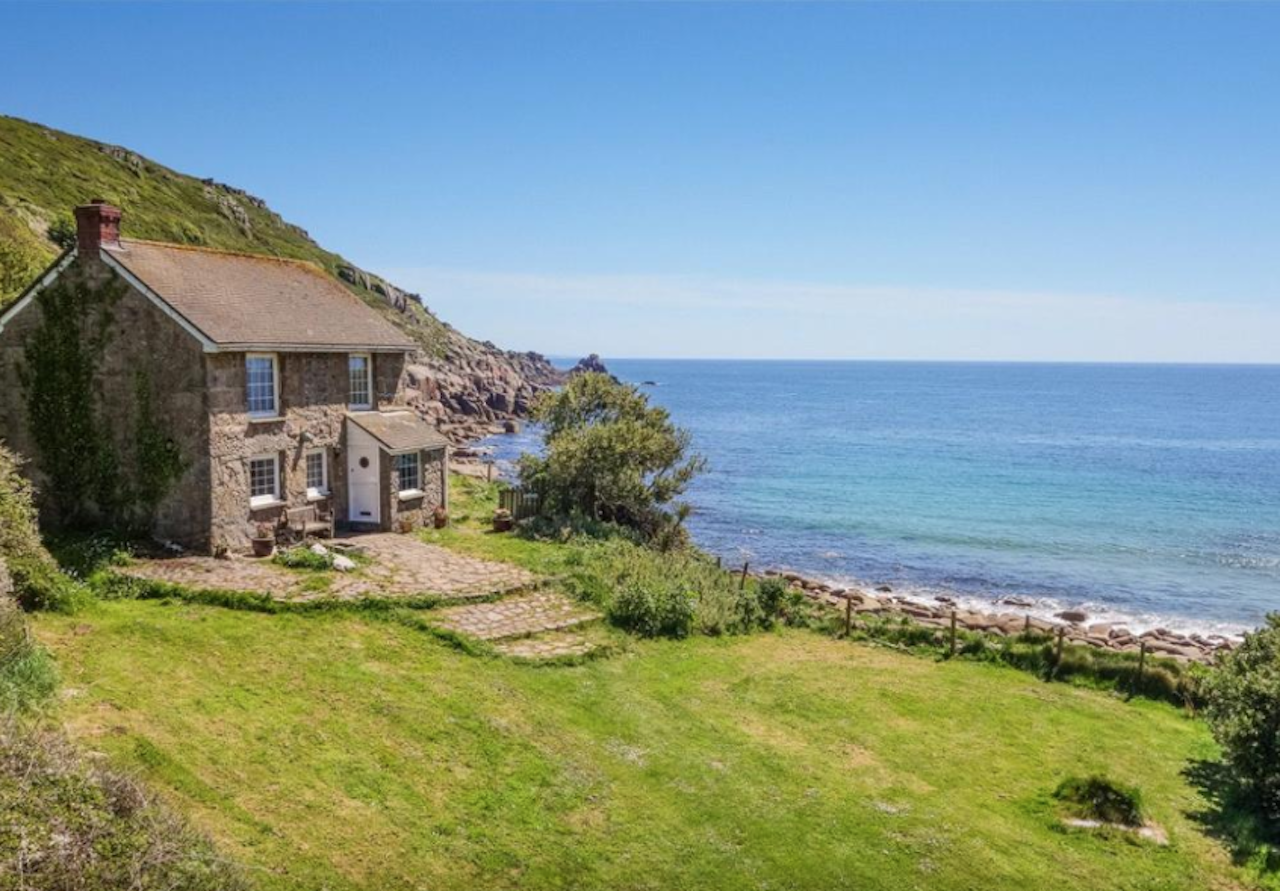 Brilliant Buy Your Own Poldark Paradise With These Amazing Homes For Home Interior And Landscaping Palasignezvosmurscom
