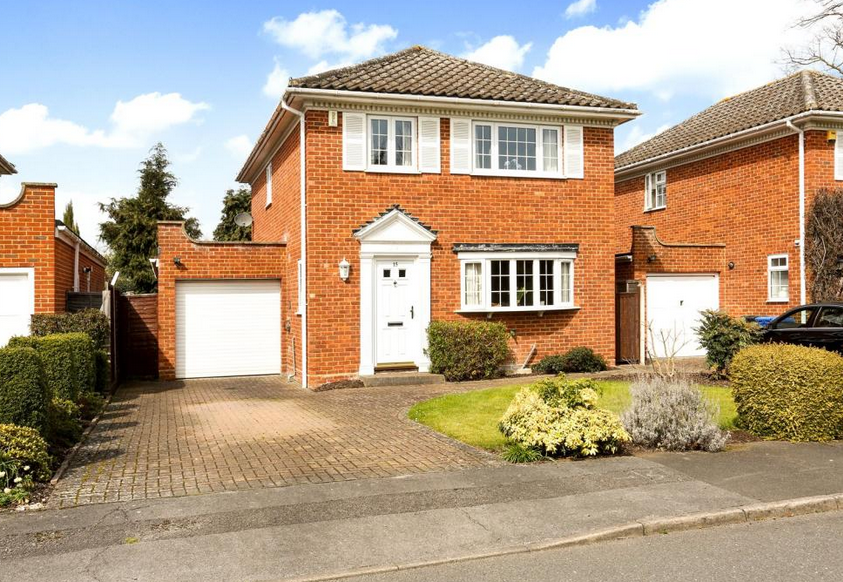 Harrington Close: Wonderful homes for sale in Windsor