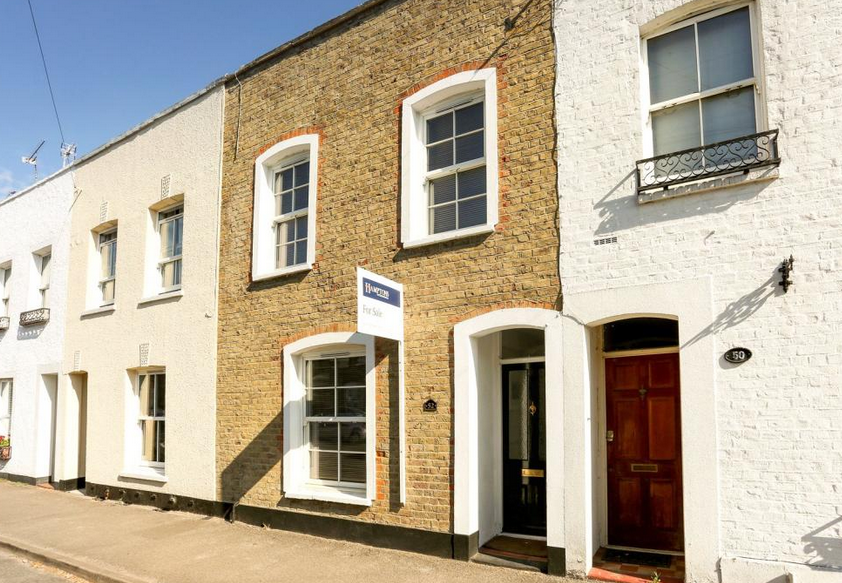 Albert street: Wonderful homes for sale in Windsor