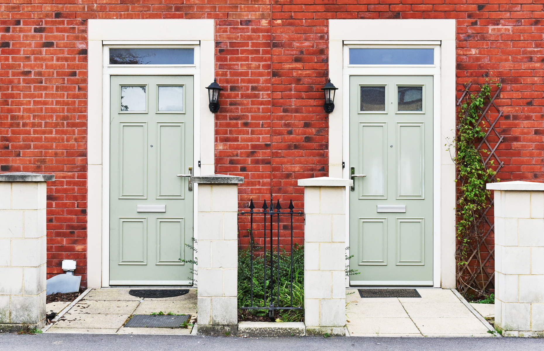 Be sure to keep neighbours informed when you undertake building works on your property. Image: 1000 words/Shutterstock
